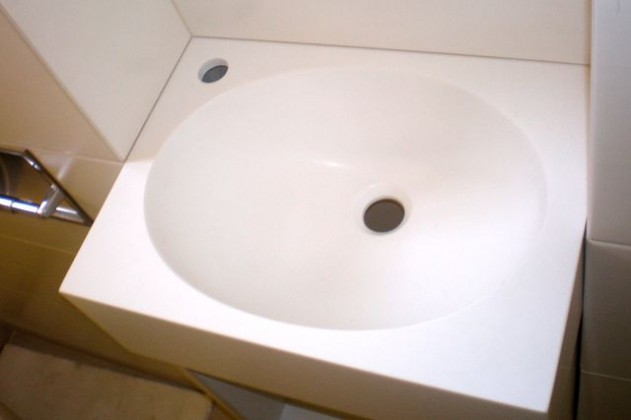Bathroom countertop with typified DuPont™ Corian® basin